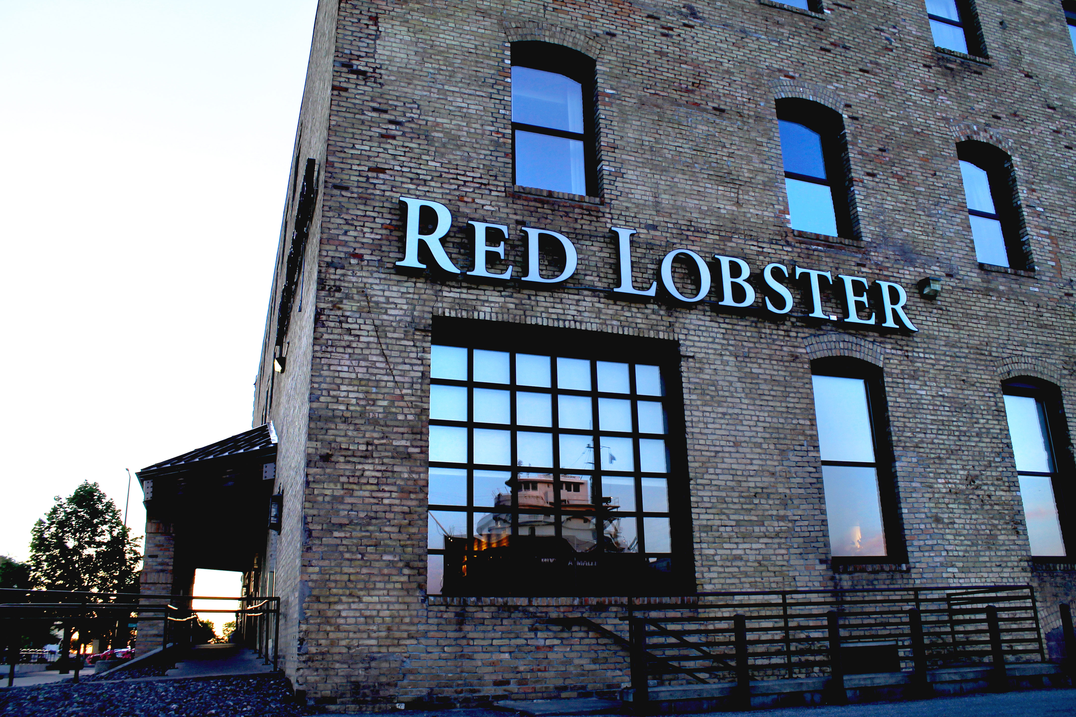 Red Lobster | Family-Friendly Restaurant in Canal Park