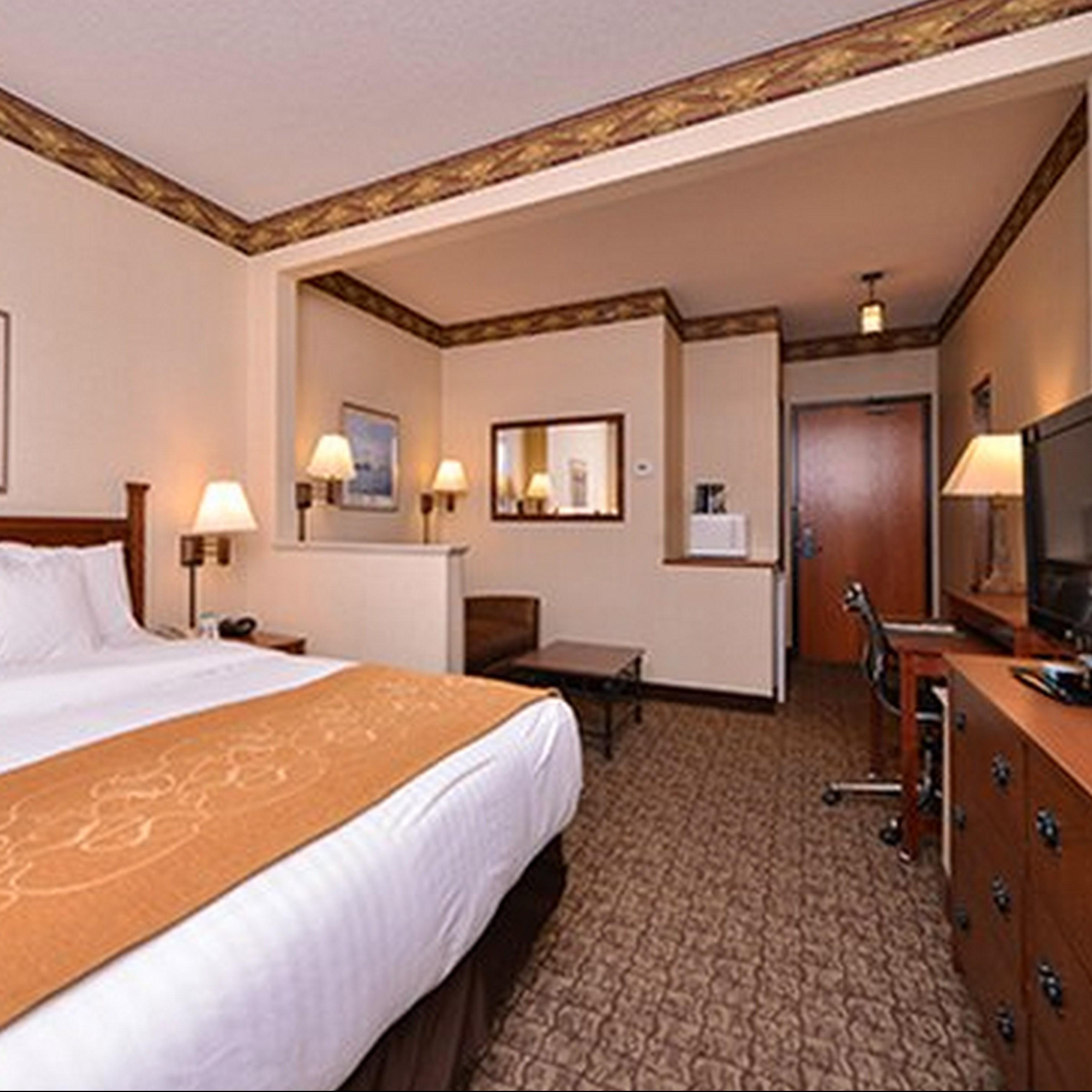 Comfort Suites Canal Park Canal Park Duluth Hotel