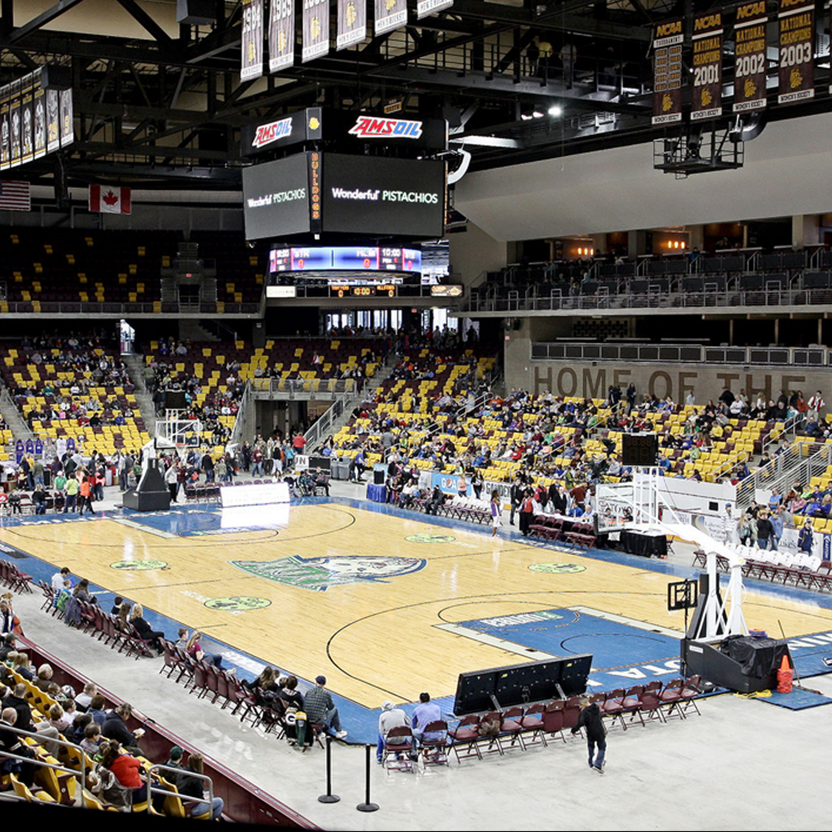 Basketball game at Amsoil Arena