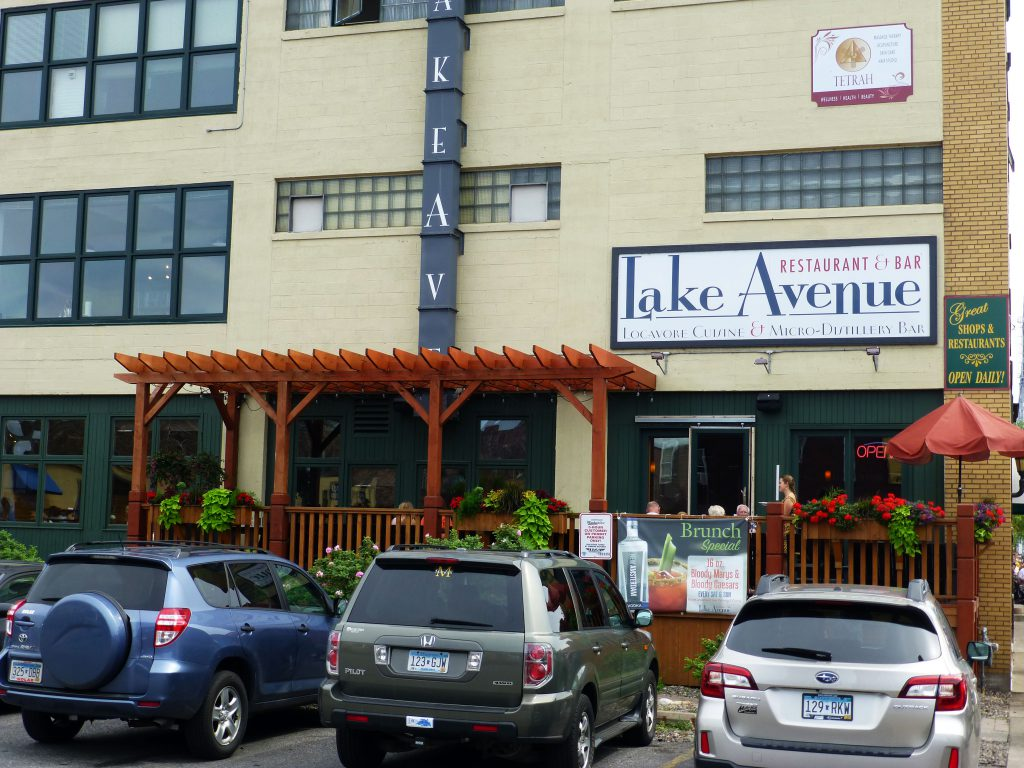 Lake Avenue Restaurant outdoor deck