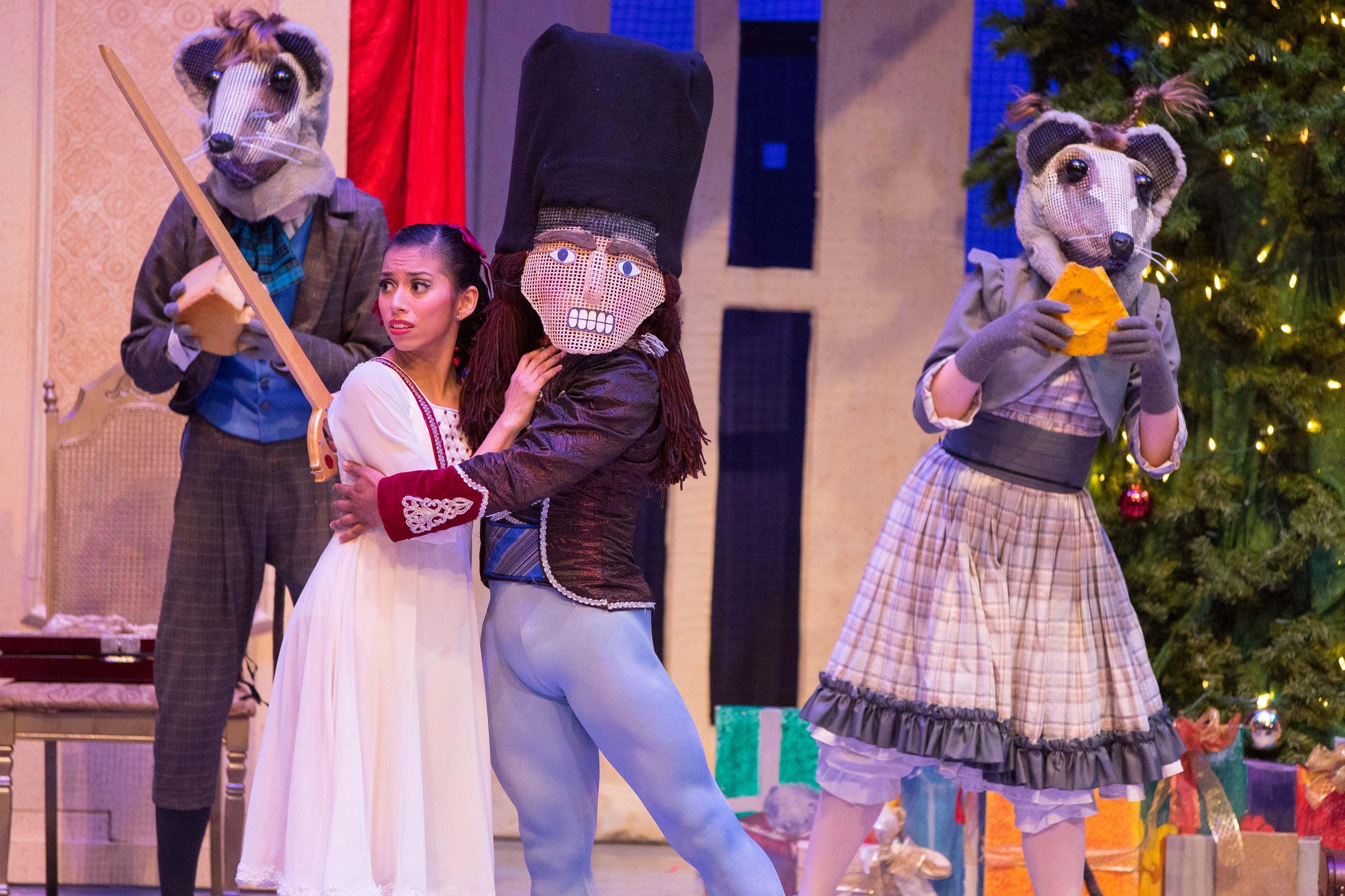 9 surprising but true things about the minnesota ballet the nutcracker ballet by the minnesota ballet solutioingenieria Images