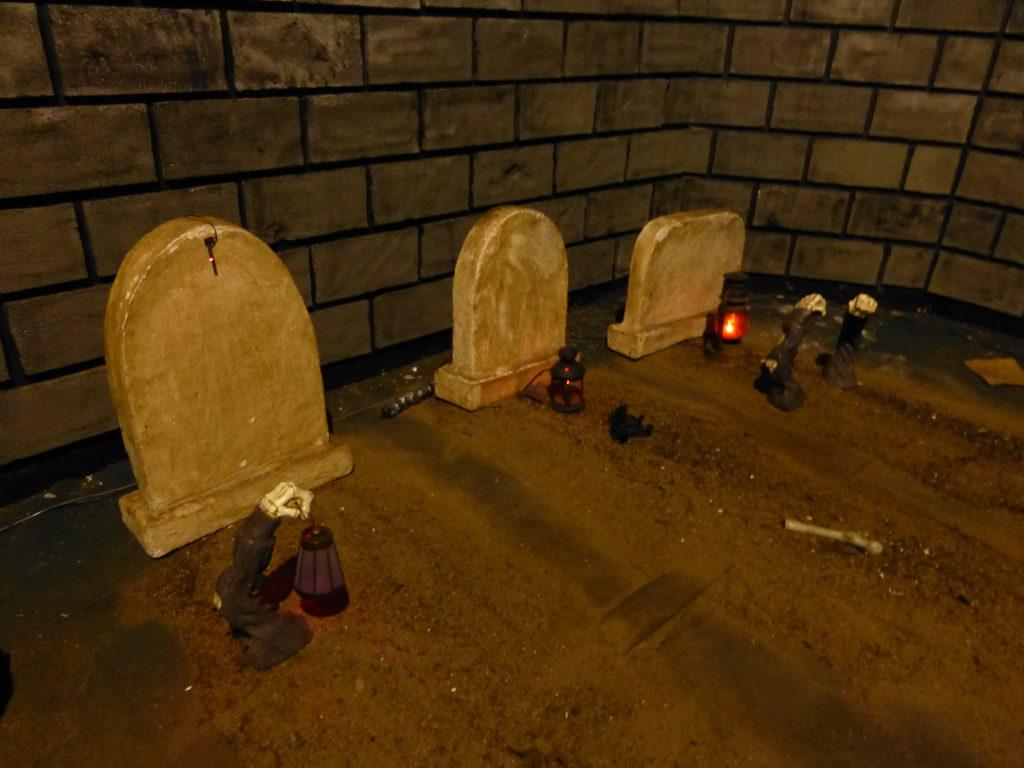 Haunted Ship graveyard