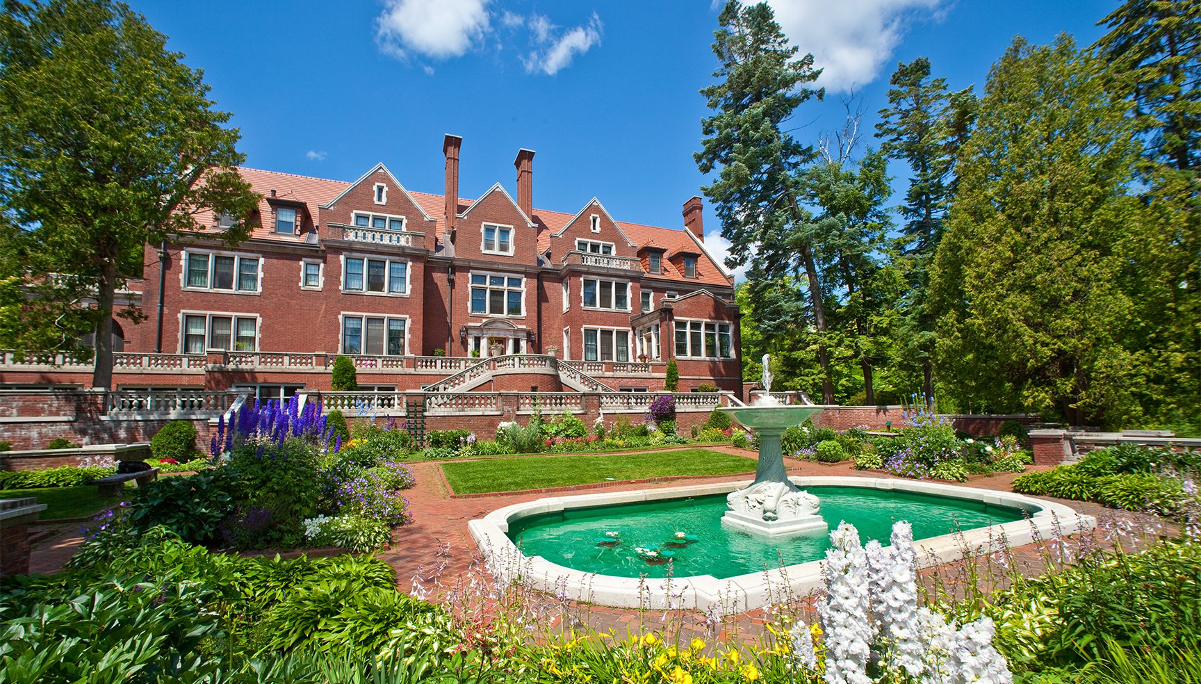 Glensheen Mansion southside view